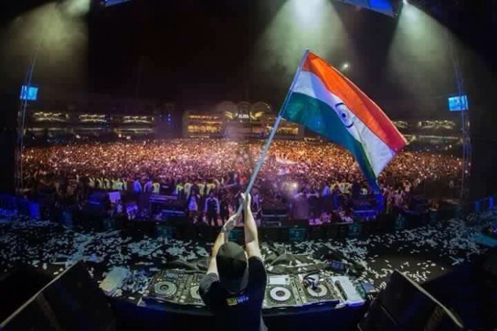 Hardwell Live Concerts Stage Performance