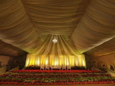 Stage with Drapes no flowers at SNDT, Juhu.