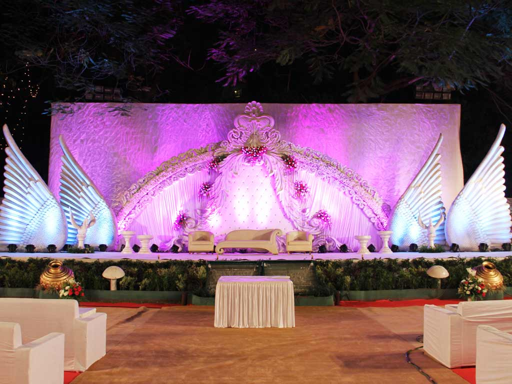 Wedding stage decoration and lighting at parsi gymkhana by jessideas wedding stage decoration and lighting at parsi gymkhana by jessideas junglespirit Choice Image
